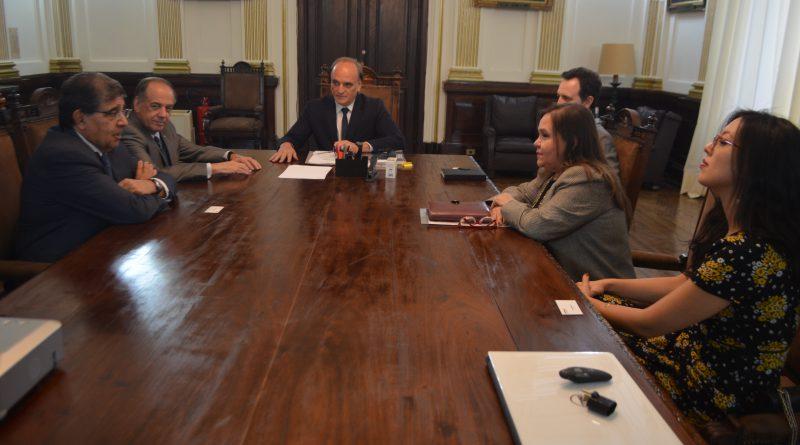 Secretário da Justiça recebe representantes de sindicatos do ramo de seguro veicular