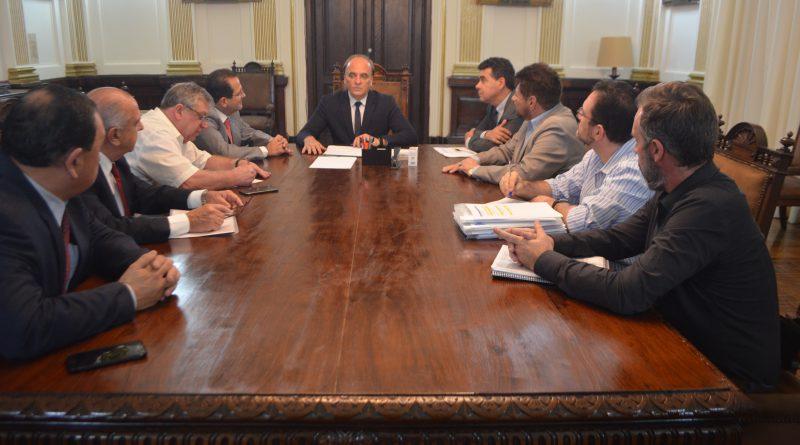 Secretário da Justiça recebe prefeito de Joanópolis e deputado Edmir Chedid